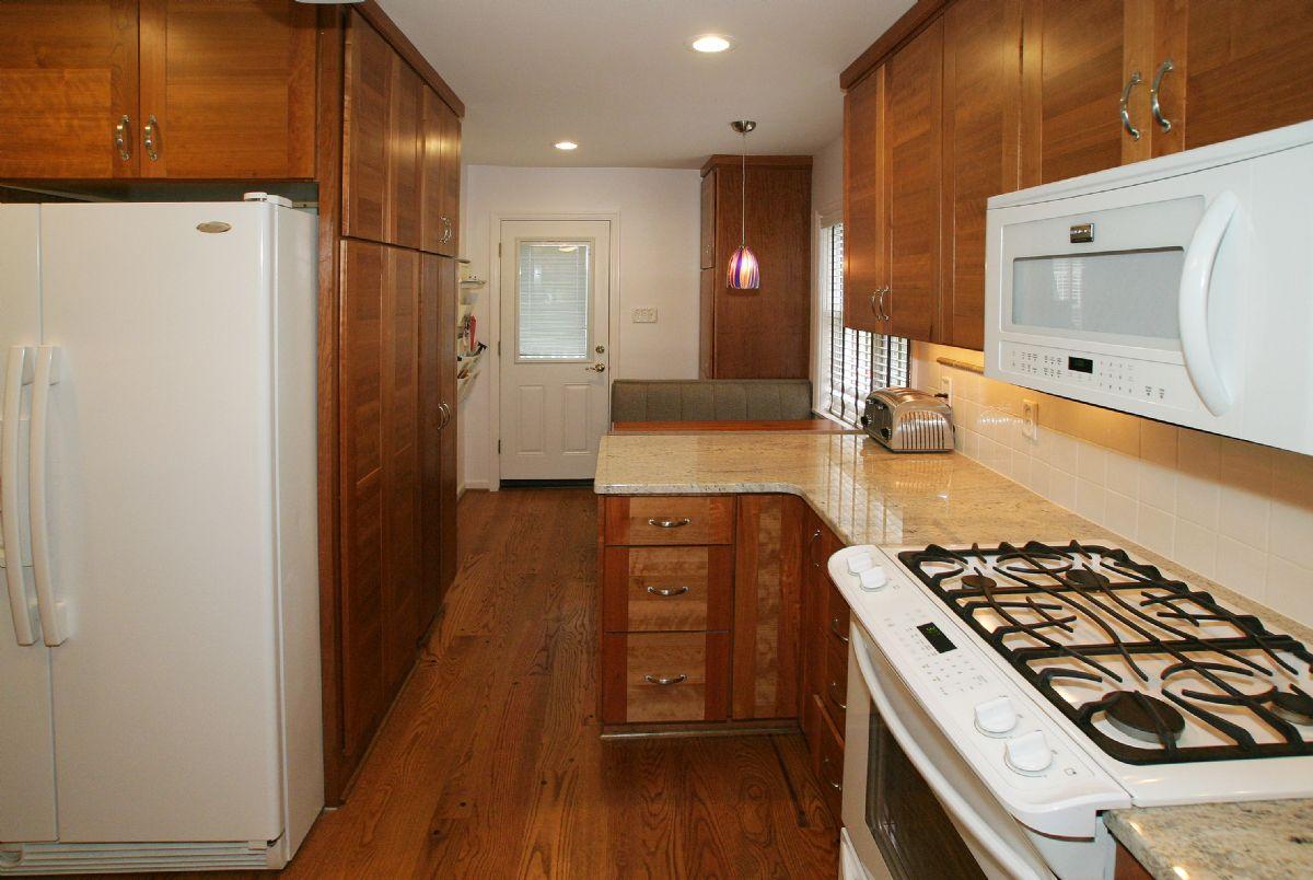 [112]Kitchen7.jpg